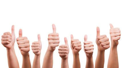 viele Hände mit Daumen-Hoch Geste