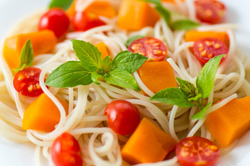 spaghetti with pumpkin