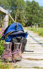 Wanderweg mit Ausrüstung
