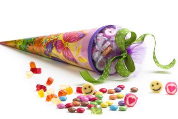 Einschulung - Schultüte mit Süßigkeiten