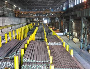 Lagerung Waren im Stahlwerk
