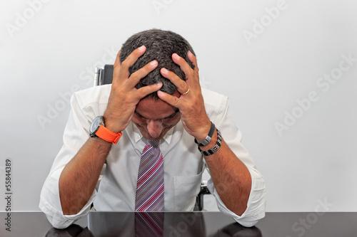 Uomo d'affari disperato