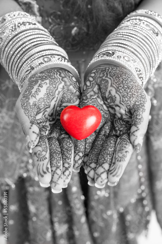 Mehendi heart colourkey