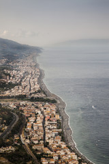 Panorama dello stretto di Messina da Forza d'Agrò