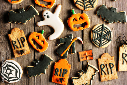 Halloween homemade gingerbread cookies
