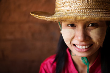 Head shot Myanmar girl