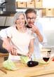 Senioren Paar beim Essen