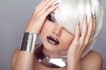 Sexy Lips. Beauty Girl. Fashion Haircut. Hairstyle. Stylish Frin