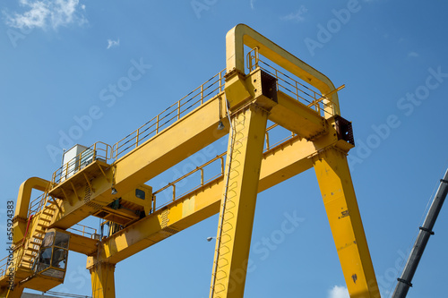 Yellow Gantry Bridge Crane for Cargo and Construction