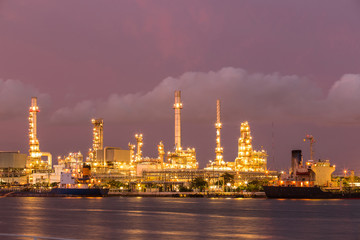 oil factory refinery