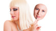 junge blonde Frau mit 2 Gesichtern