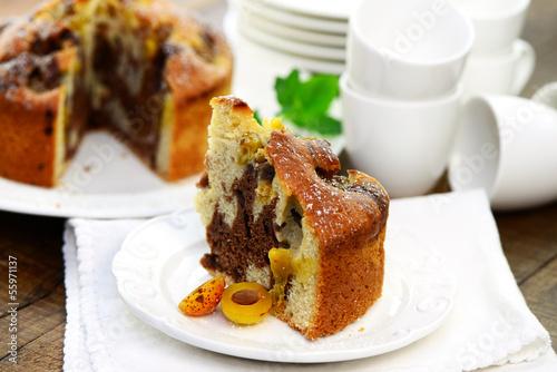 Marmorkuchen mit Mirabellen