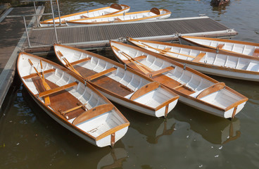 Leisure rowing boats for hire at Stratford-upon-Avon