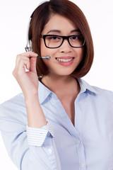 junge freundliche frau callcenter agent mit headset isoliert