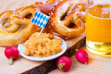 Oktoberfest - Bayerische Brotzeit
