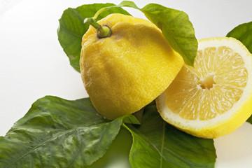 Limone a metà