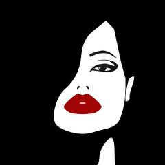 Лицо женщины с акцентом на яркие красные губы