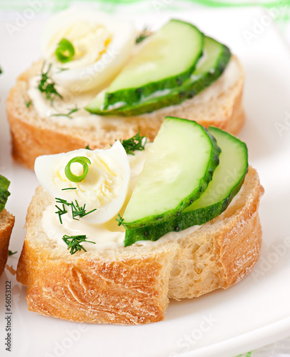 sandwiches with boiled egg and cucumber