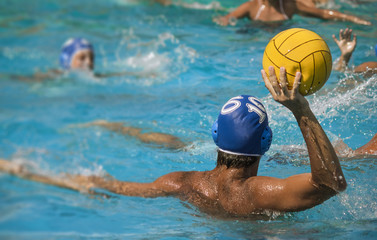shoot water polo