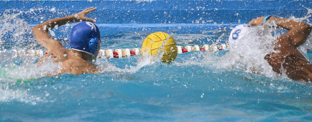 duel water polo,duel between competitors