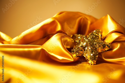 Golden glamour theme with sparkling christmas star