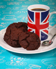 Dark Chocolat Cookies White Plate English Flag Mug Coffee