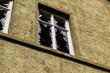 canvas print picture - Vandalismus - eingeschlagene Fenster