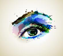 Красивая моды женщина глаз формирования по пятнами