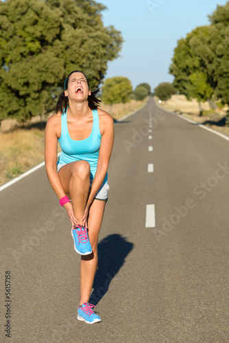 Runner with ankle sprain screaming