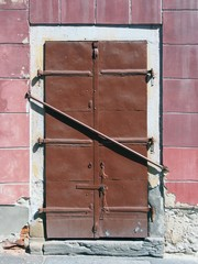 Barred steel door