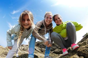 sourire groupe jeune en vacacances