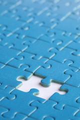 Loch im Puzzle Konzept Problem Lösung