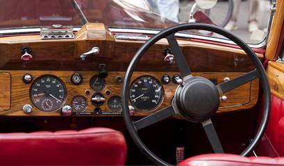 Armaturenbrett  Automobil Oldtimer