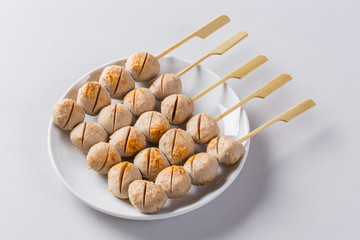 Grilled pork muscle balls
