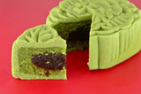 Green mooncake