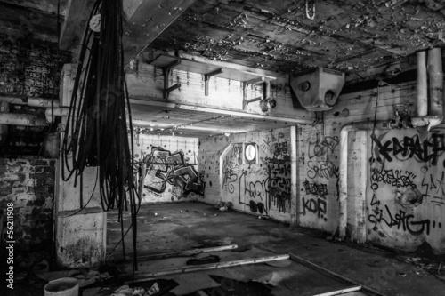 Leinwanddruck Bild Dark abandoned scary factory room