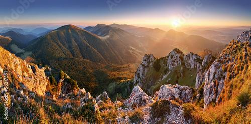 Zdjęcia na płótnie, fototapety na wymiar, obrazy na ścianę : Slovakia mountain peak Rozsutec