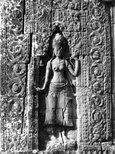 Stone carvings - angkor wat
