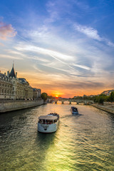 Boats in the seine