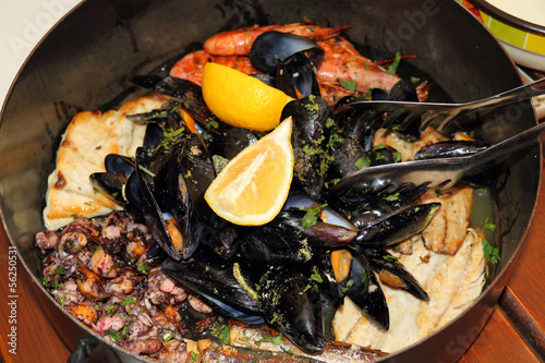Seafood in the pot