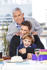 Vater und Sohn feiern Geburtstag