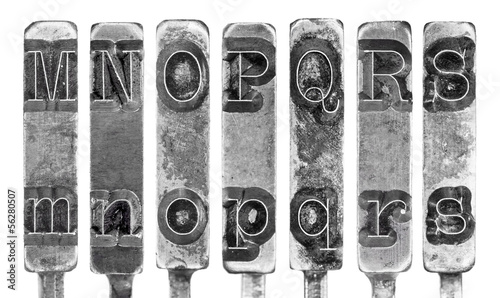 Fotobehang Retro Old Typewriter Typebar Letters M to S Isolated on White