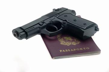 pistola con passaporto