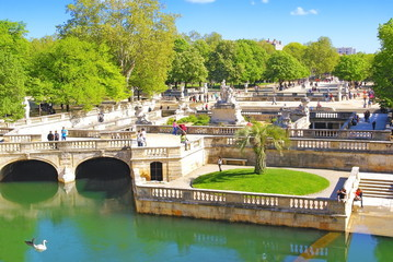 Les jardins à Nîmes