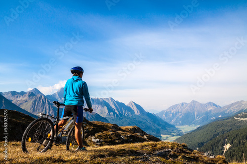 canvas print picture Mountain biker