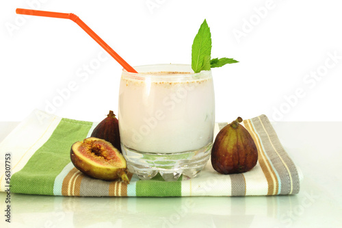 fig milkshake in white background