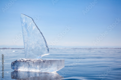 Fotobehang Poolcirkel Ice yacht on winter Baical