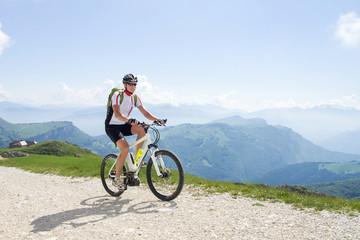 Mann, Mountainbike, Fahrrad, Gebirge, e-bike, ebike