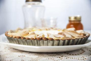 Crosta di pere su un tavolo