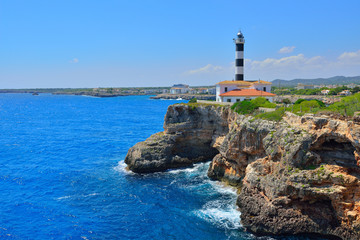 Der Leuchtturm von Porto Colom Mallorca